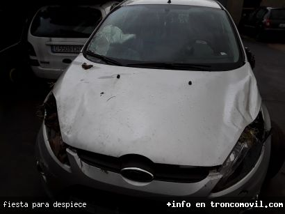 FIESTA PARA DESPIECE - foto 2