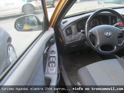TURISMO HYUNDAI ELANTRA 2004 MARRóN DE DESGUACE - foto 1