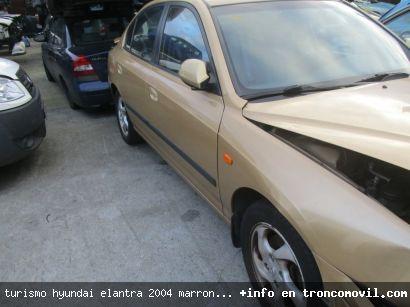TURISMO HYUNDAI ELANTRA 2004 MARRóN DE DESGUACE - foto 5