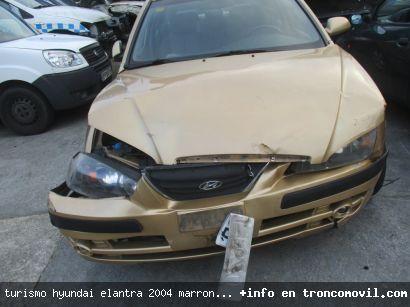 TURISMO HYUNDAI ELANTRA 2004 MARRóN DE DESGUACE - foto 6
